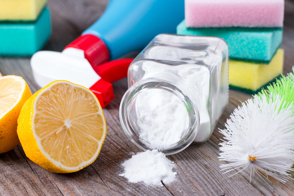 lemon and baking soda for cleaning